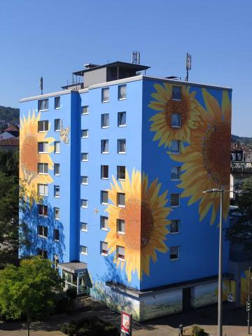 Sonnenblumen, Hochhaus, Wuppertal, Atelier Allgaier